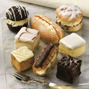 Country Range Fully Baked Assorted Mini Cakes