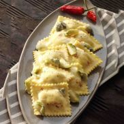 Laboratorio Tortellacci with Spinach and Ricotta
