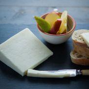 Appleby Hootennanny Cheese 800g